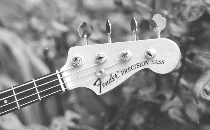Fender Precision Bass / tête